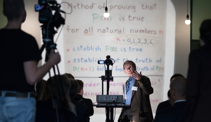 Sir Roger Penrose speaking at the IAS, 22 January 2019